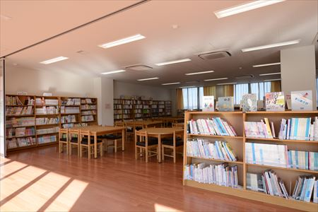 八千代緑が丘小学校 図書館