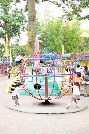 田無いづみ幼稚園 インタビュー遊ぶ園児
