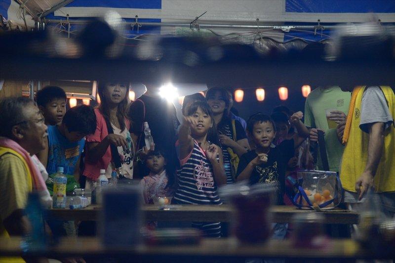 模擬店を楽しむ子ども達(※写真提供三芳町)