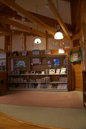 流山市立木の図書館インタビュー