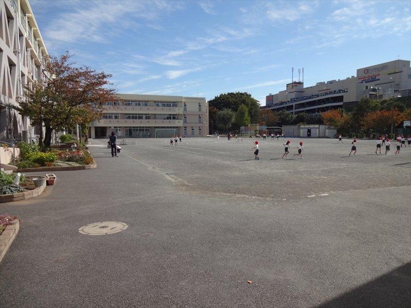 川上北小学校 校庭