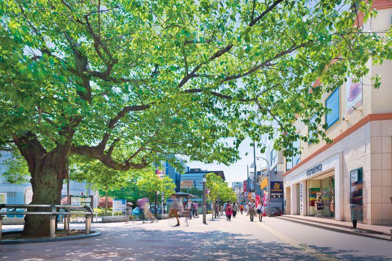 「仙川」駅前