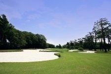 充実した設備と手厚い指導が都内で受けられる「昭和の森ゴルフアカデミー」/支配人 岡部実さん・マネージャー 大森學さん
