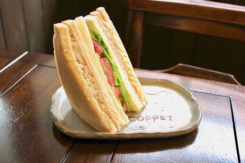 Bakerycafe COPPET(ベーカリーカフェ コペ)