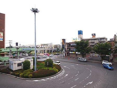 若葉駅東口