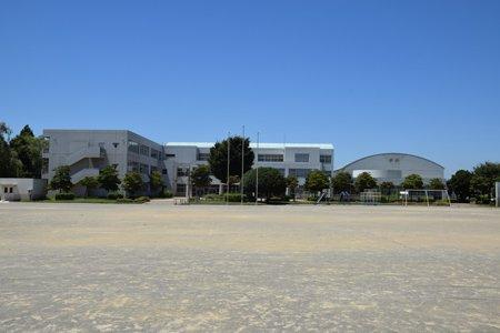印西市立西の原小学校 全景