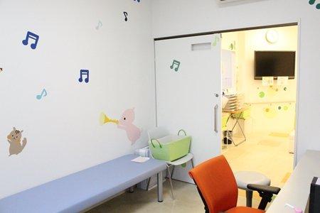 じきはらこどもクリニック 診察室