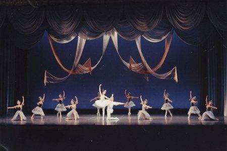 くわはらバレエアカデミー