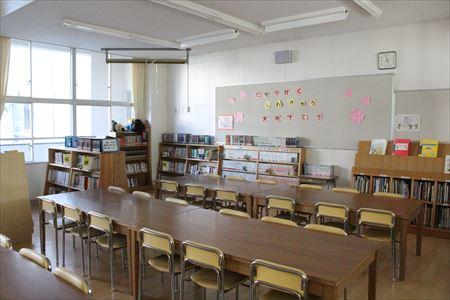 伊丹市立昆陽里小学校 教室