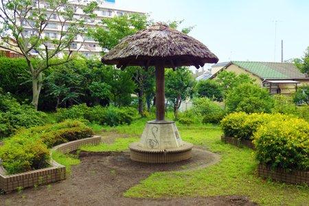 貫井中学校庭園