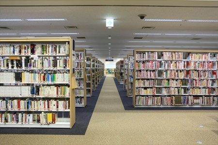豊島区立中央図書館