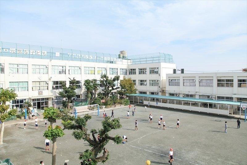 「大田区立馬込小学校」校庭