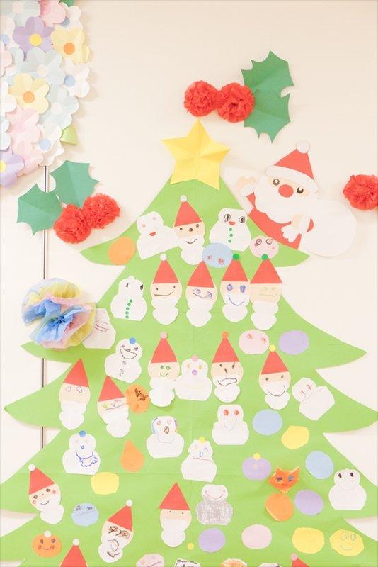 みんなでつくるクリスマスツリー
