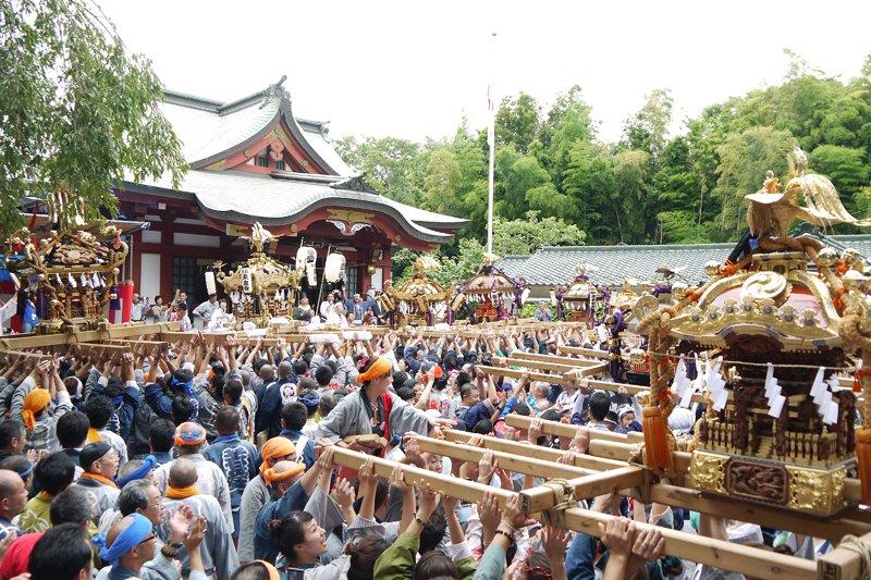 「綱島諏訪神社」の例大祭
