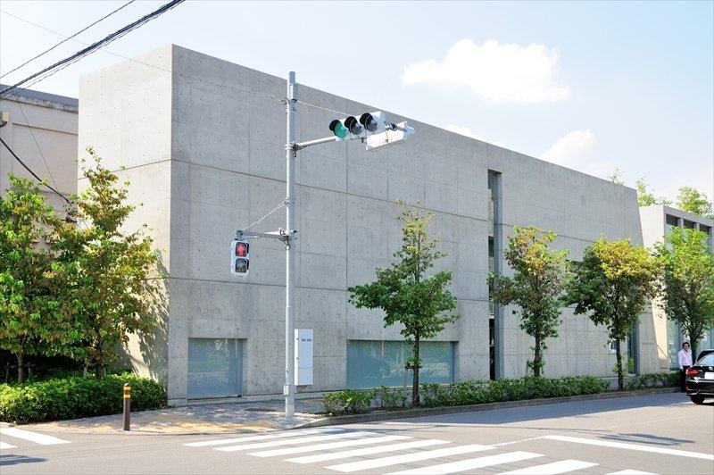 「東京アートミュージアム」