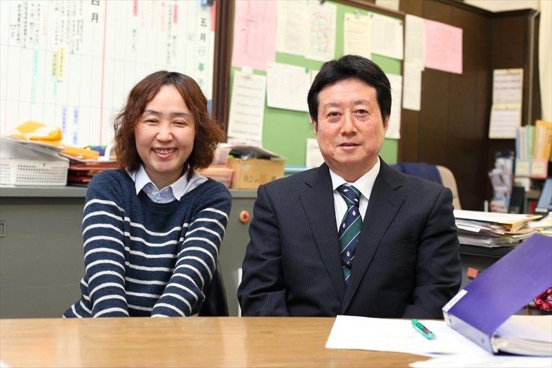 学校運営委員の中村さんと永山校長