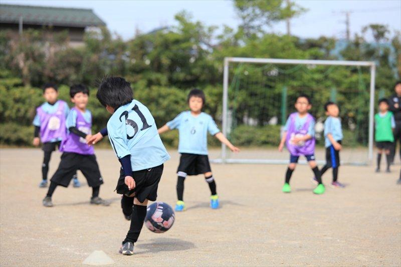 磯辺FC インタビュー 元気に練習する子どもたち