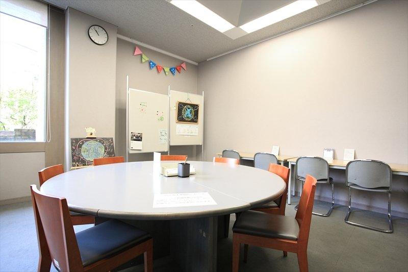 あらゆる人が訪れやすい環境づくりに取り組んでいる 「Young Adult Room」