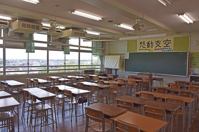 眺望がよく明るい教室