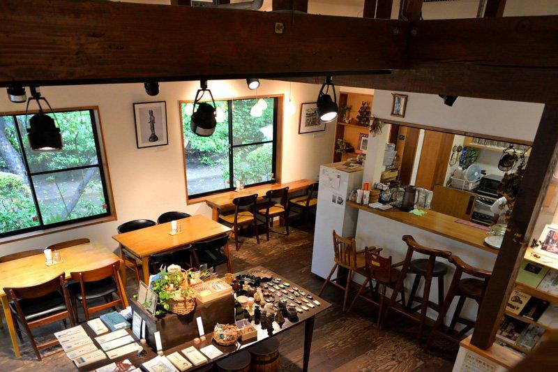 「おたカフェ」の内装