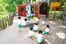 豊かな自然とオープン園舎が特徴の私立園/学校法人荒畑学園 なおび幼稚園 園長 神保佳世子先生