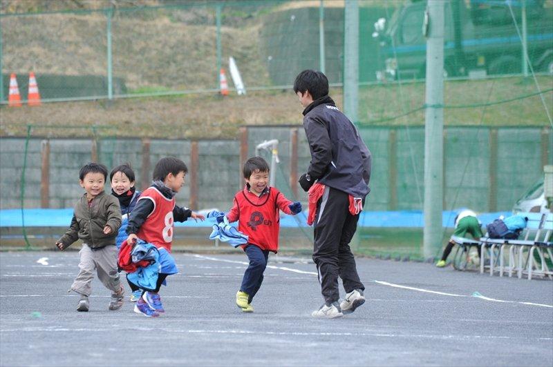 幼児クラス、「青葉スポーツプラザ」での練習風景