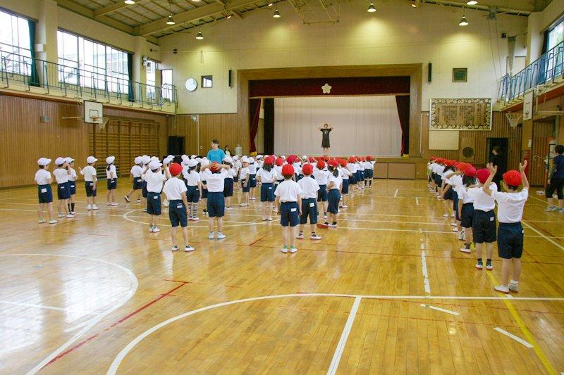 体育の授業風景