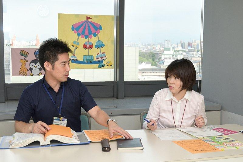 近藤さん(左)と西口さん(右)