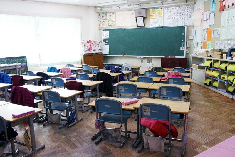 地域に見守られて子どもたちの学習環境や遊び場がつくられている