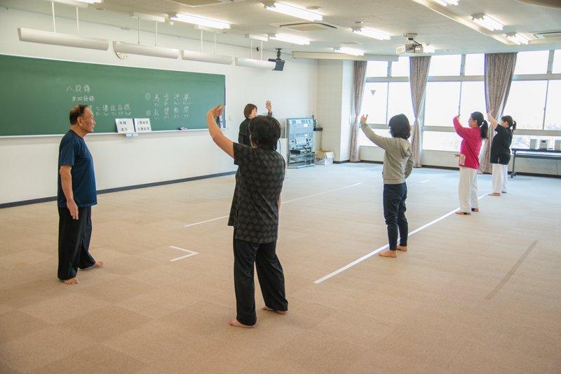 シニアも通いやすい大学キャンパスの総合型地域スポーツクラブ「帝京平成スポーツアカデミー」