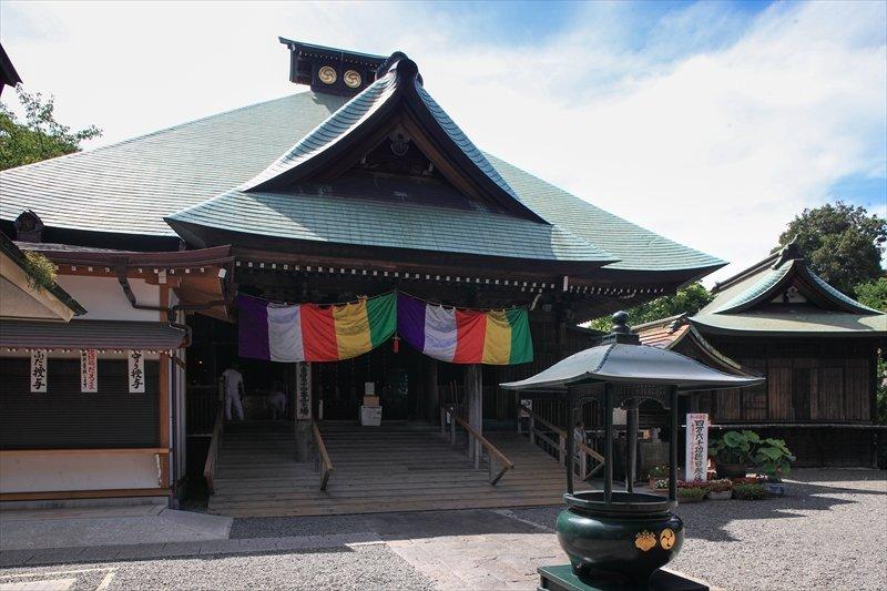 横浜市最古の寺/弘明寺