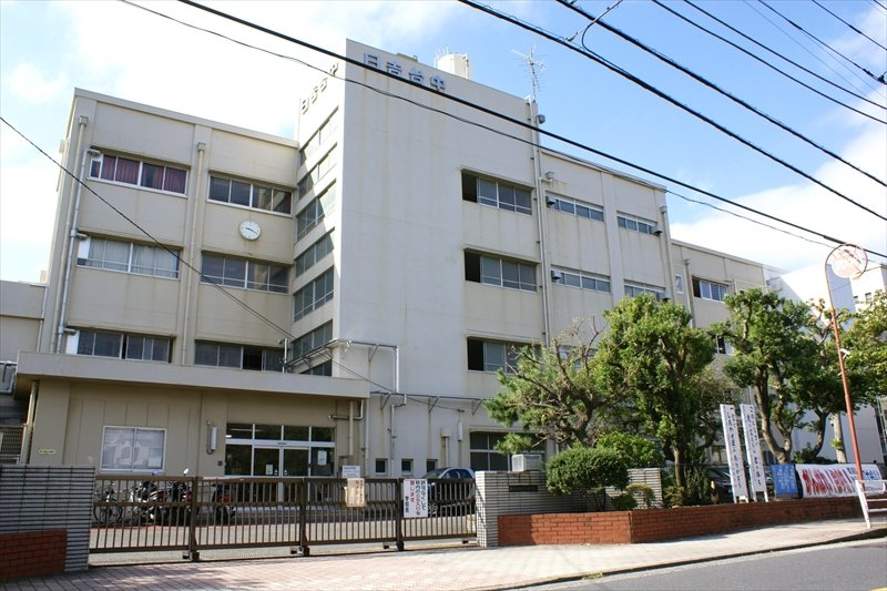 全校生徒1000人というマンモス校、横浜市立日吉台中学校