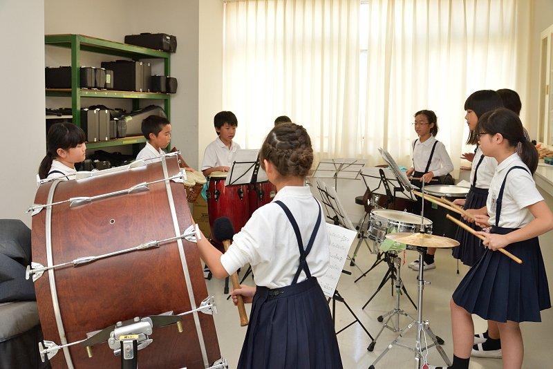 打楽器の練習風景