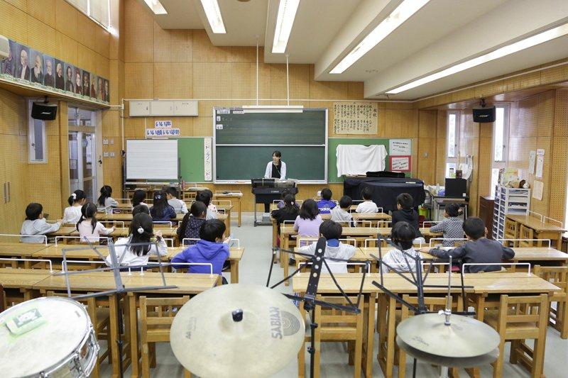 音楽室での授業の様子