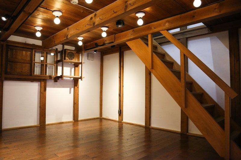 ▲絵画展などのギャラリーとして利用されている東蔵
