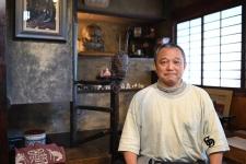 日本橋の地で、名品を後世に伝える「橋渡し」を続ける/海老屋美術店 9代目当主 三宅正洋さん