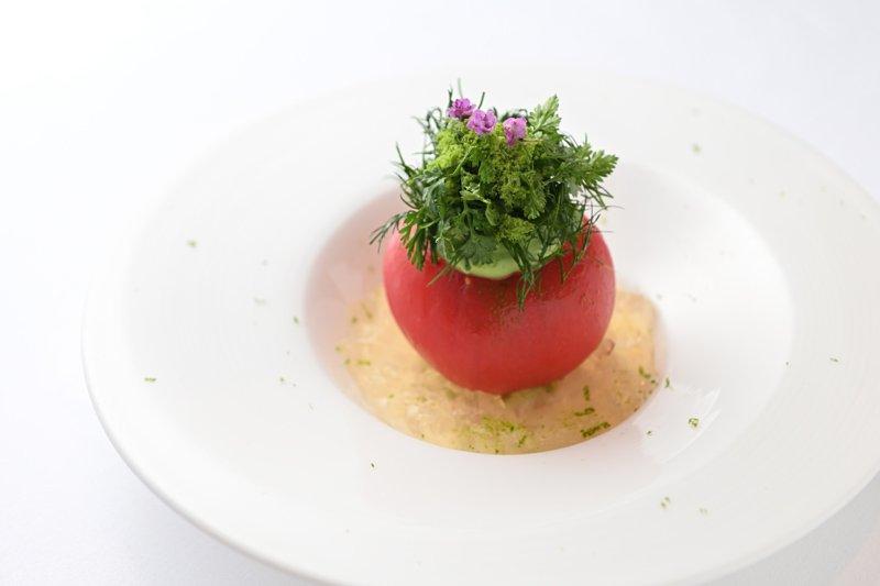 「トマトのファルシ」