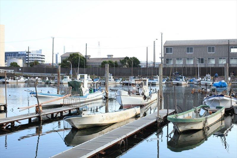 湊町小学校からは船橋漁港も近い