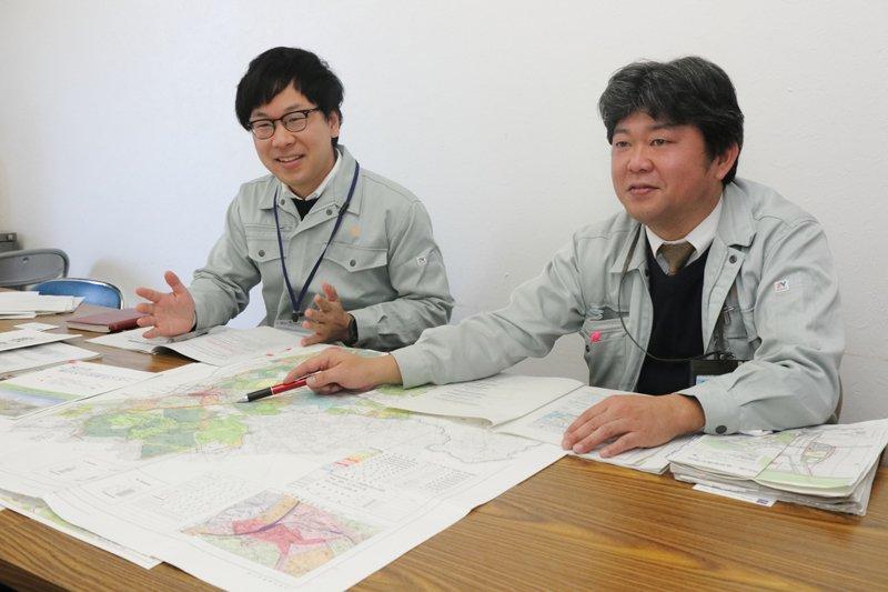 枚方市市駅周辺等活性化推進部 友田成彦さん、荘司匡岐さん