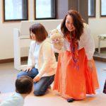 親子のふれあいを大切にする 英語リトミック/カラフルノート Junko先生
