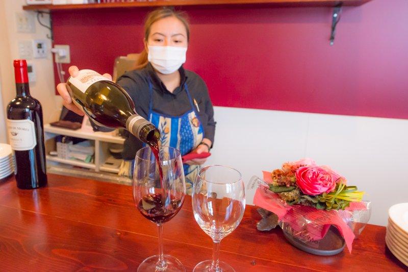 様々な種類のワインが味わえる